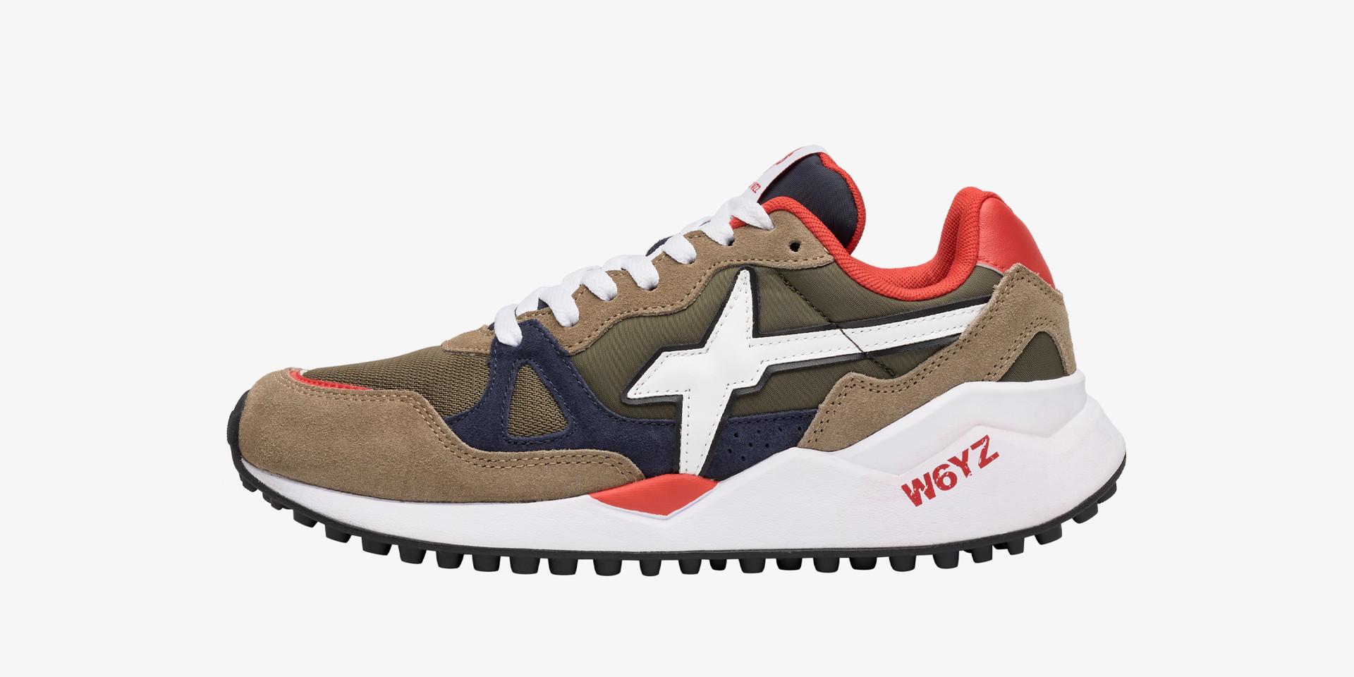 Sneaker in tessuto tecnico e suede Grigio chiaro-WOLF-M.